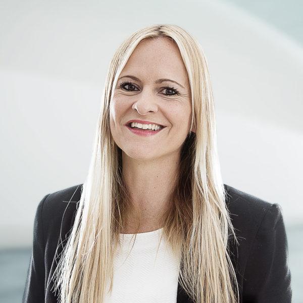 Petra Keller-Engi, Curia Treuhand AG