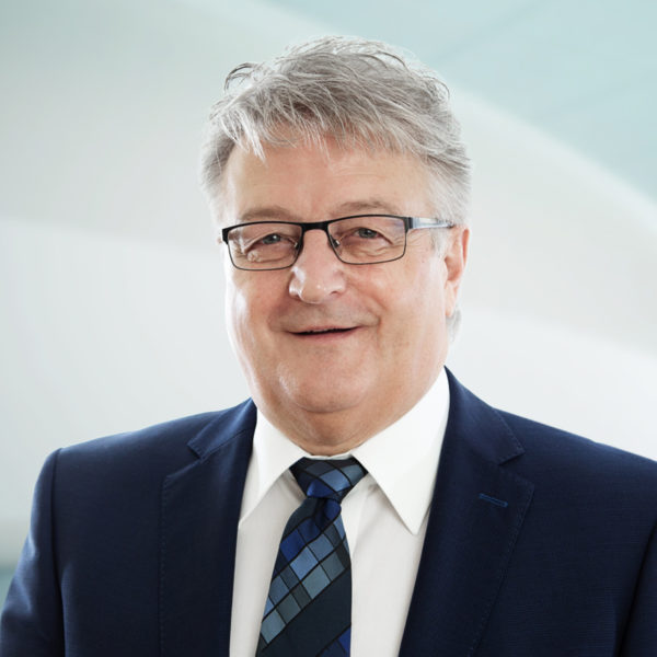 Tino Zanetti, Curia Treuhand AG